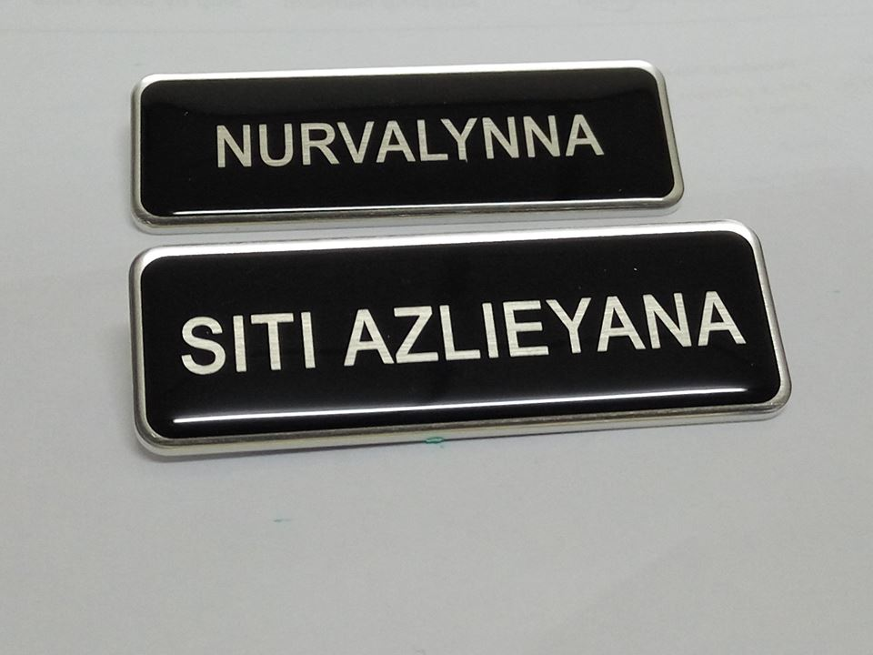epoxy name tag